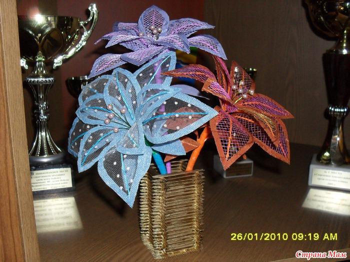 Поделки из упаковочной сетки для цветов 27