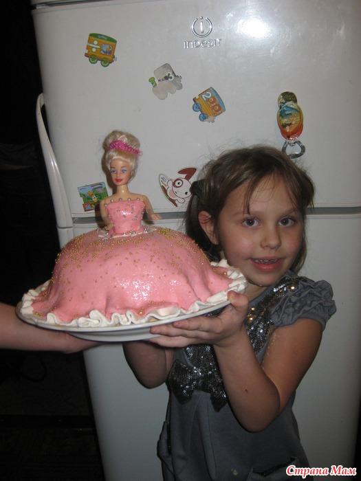 Первый тортик покрытый мастикой