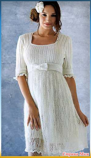 Белое платье с бантом