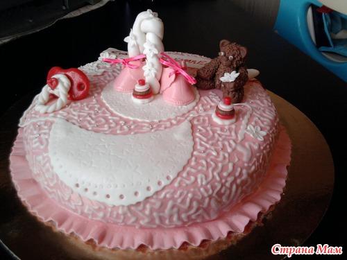 Здравствуйте мои дорогие страномамочки.  Тортик для девочки на один годик, кушать естесна будут родители)...