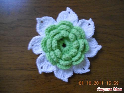 Очень подробный МК по вязанию цветочка