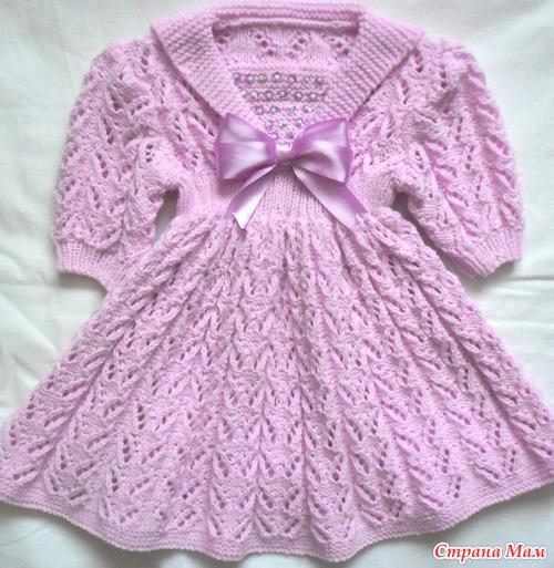 вязаное платье спицами с