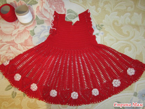 Красное платье для маленькой Кирочки!!!