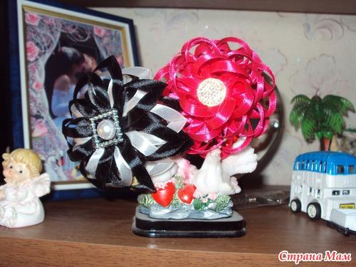 Совместное изготовление цветочков канзаши. Ссылки на новые цветочки в конце поста.+