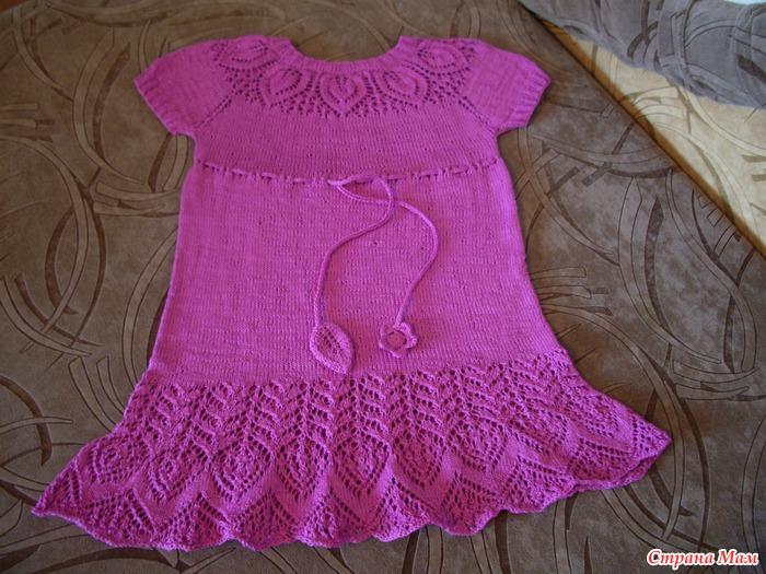 Ажурные детское платье спицами