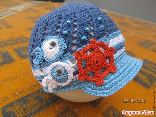 Шапки, шляпки, кепки, панамки - всё только крючком